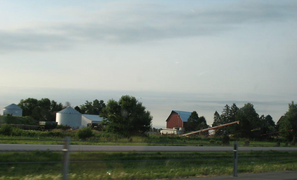 Farm at 118th, Аллеман