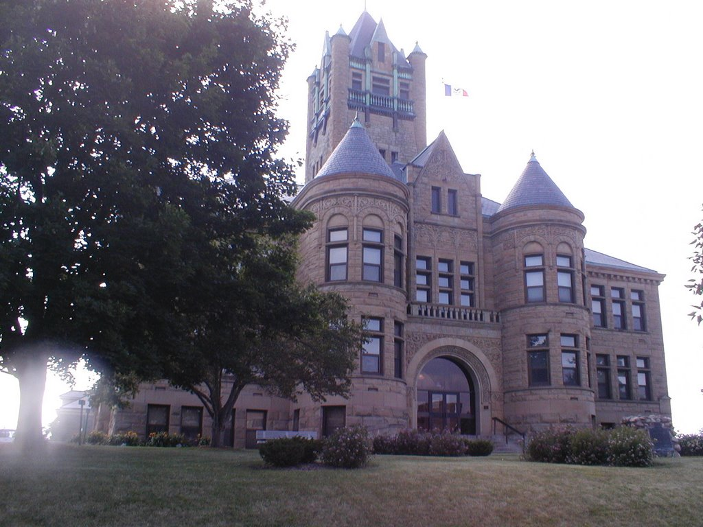 Johnson County Courthouse, Iowa City, Iowa, Маршаллтаун