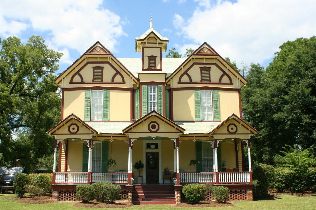 Dolls House, Авон