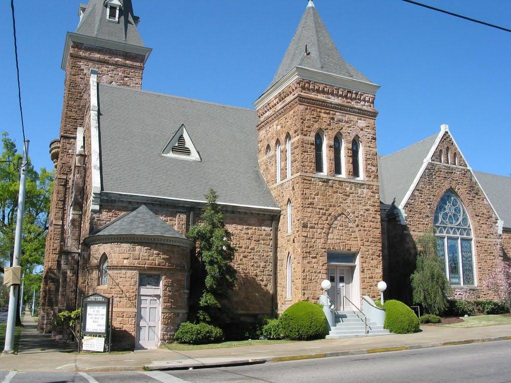 Parker Memorial Baptist Church, Аннистон