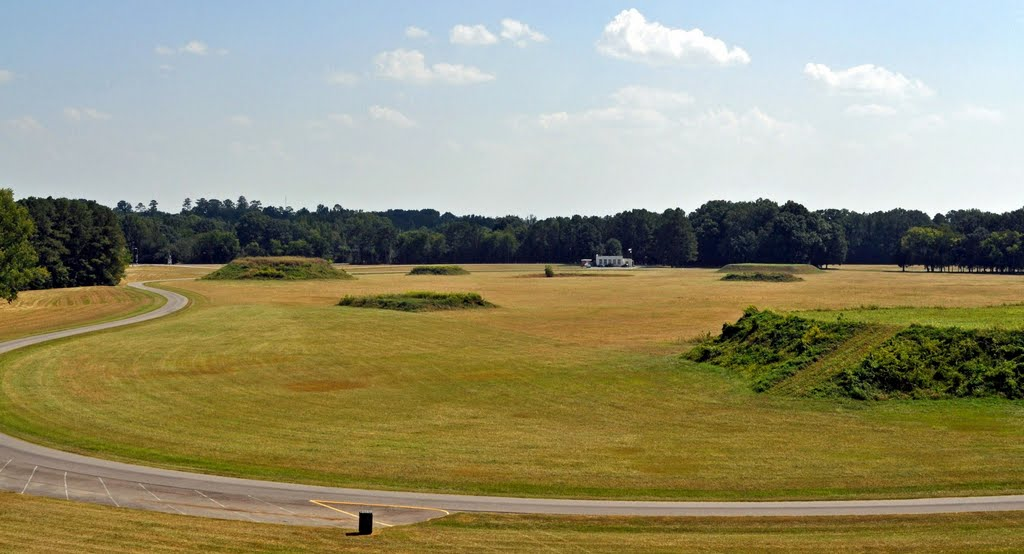 Moundville Archaeological Park at Moundville, AL, Маундвилл