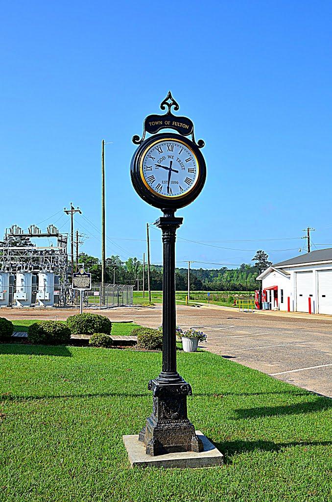 Town Clock, Фултон