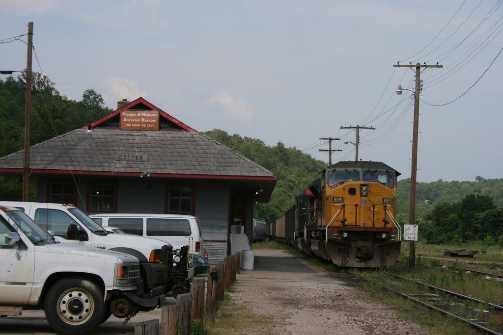 Cotter railroad station, Гассвилл
