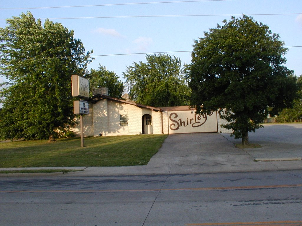 Shirleys Supper Club, Springdale, AR, Тонтитаун