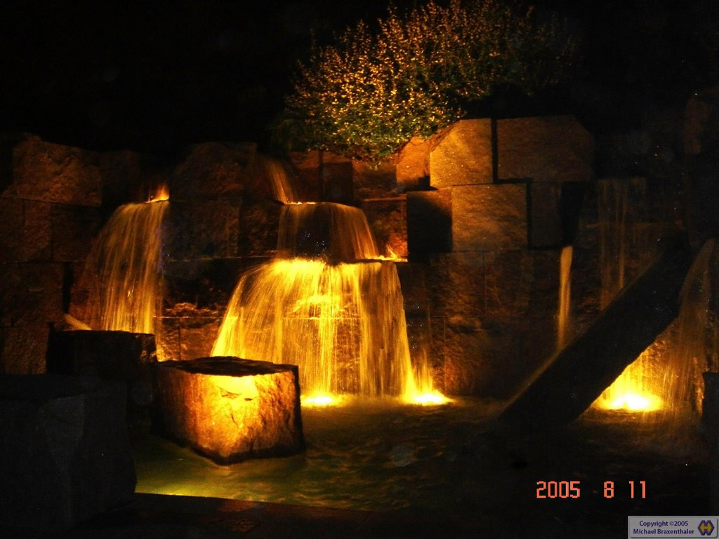 FDR Memorial by Night, Паркланд