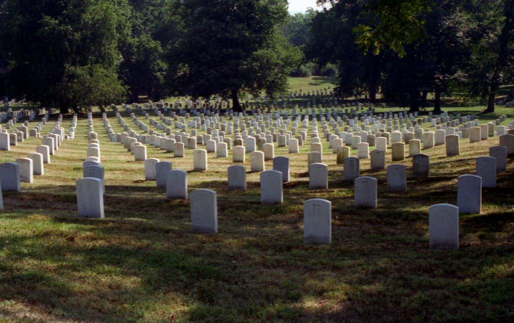 1995 8 Washington, Cimitero di Arlington, Арлингтон