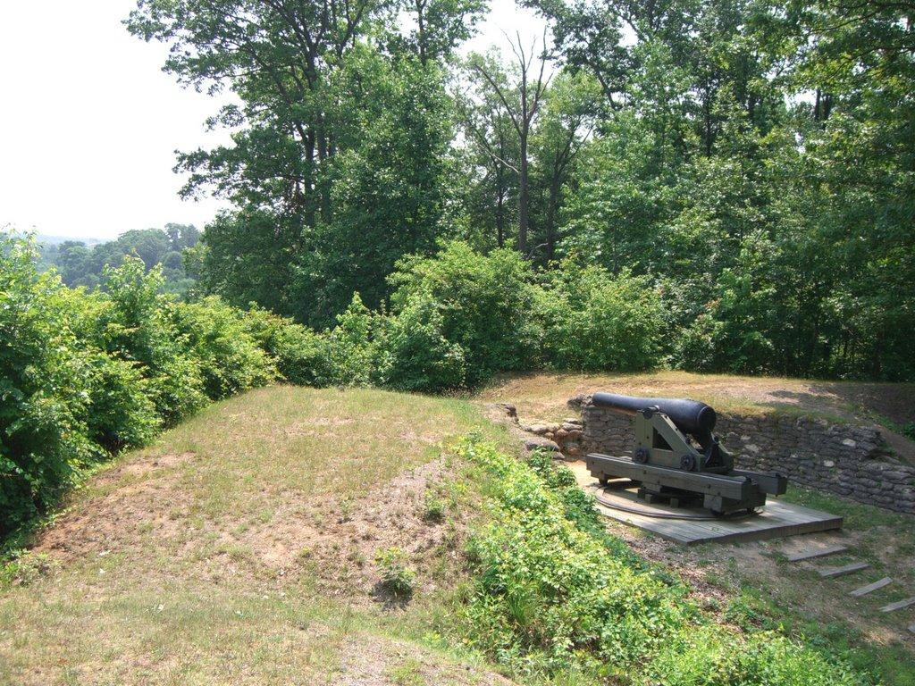 Cannon at Drurys Bluff Battle Field, Бенсли