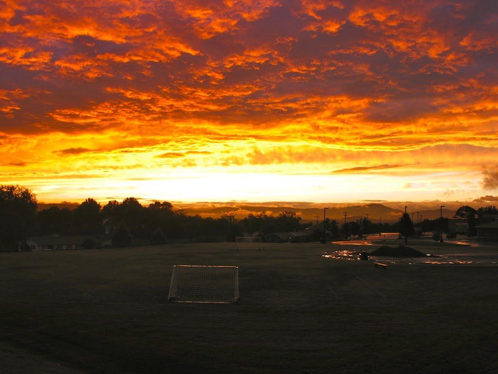 Sunset from Horn Elementary, Винтон