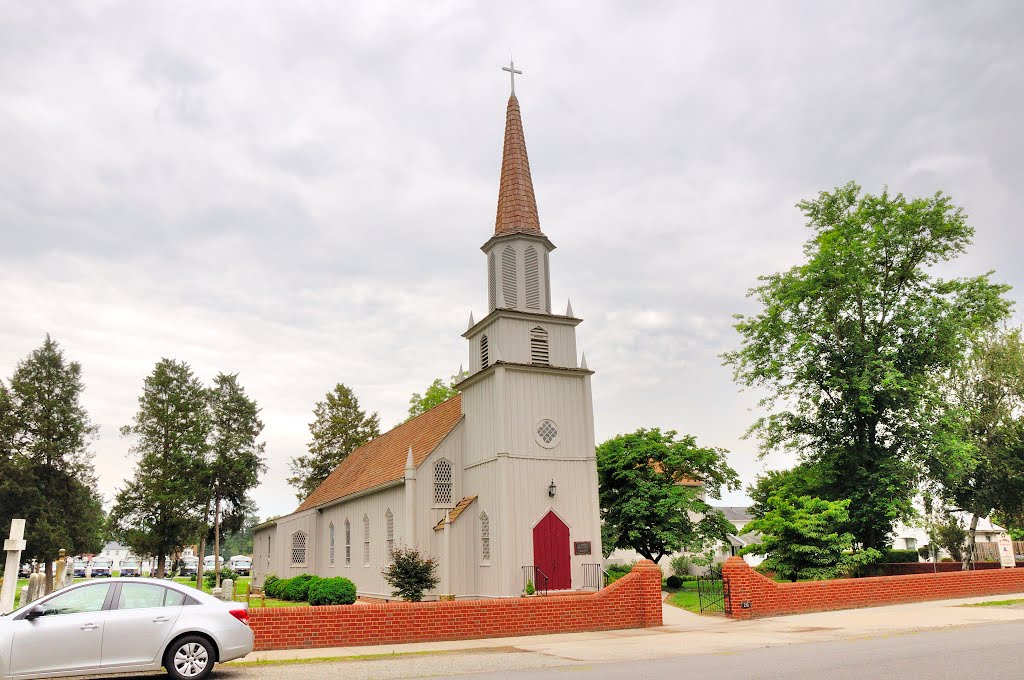 VIRGINIA: ESSEX COUNTY: TAPPAHANNOCK: St. Johns Episcopal Church, 216 Duke Street, Таппаханнок