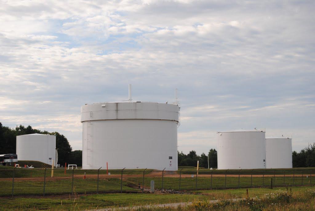 Chemical Tanks, Carson, Ракин