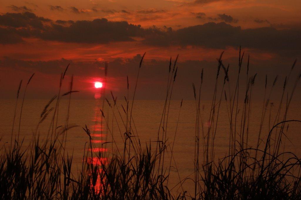 Lake Michigan Sunrise, Шебоиган