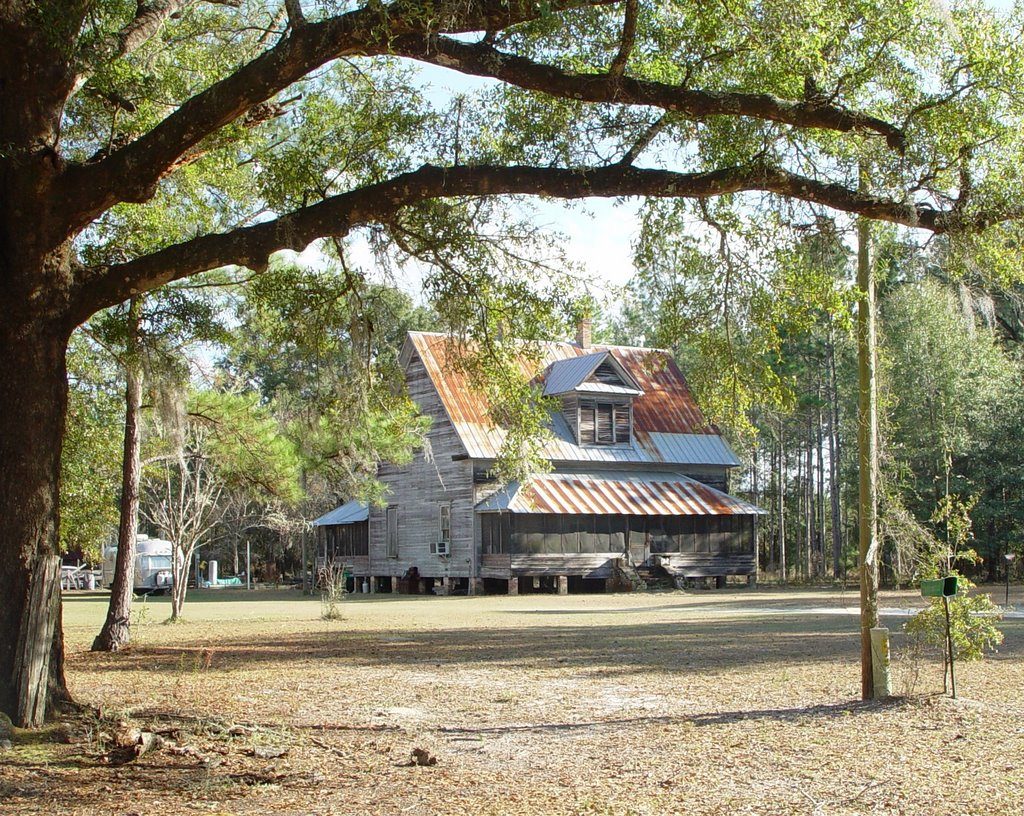 Florida cracker house, rural Liberty County, Blue Creek Fla (12-29-2006), Аттапулгус