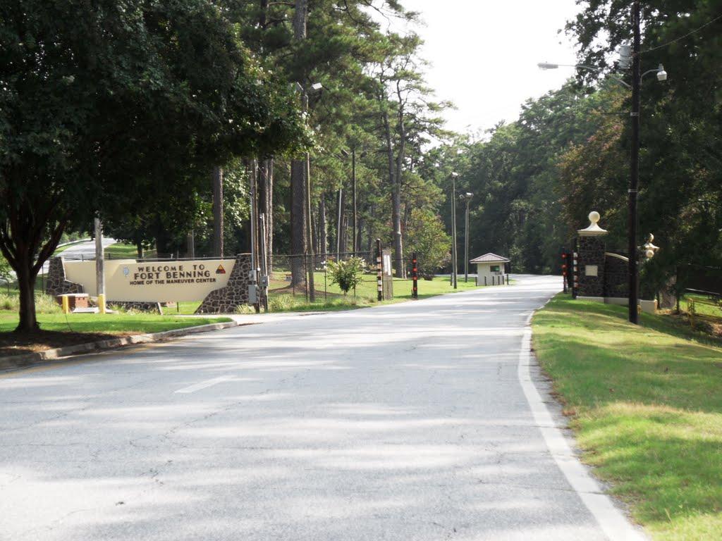 Main Entrance to Ft Benning Georgia, Белведер Парк