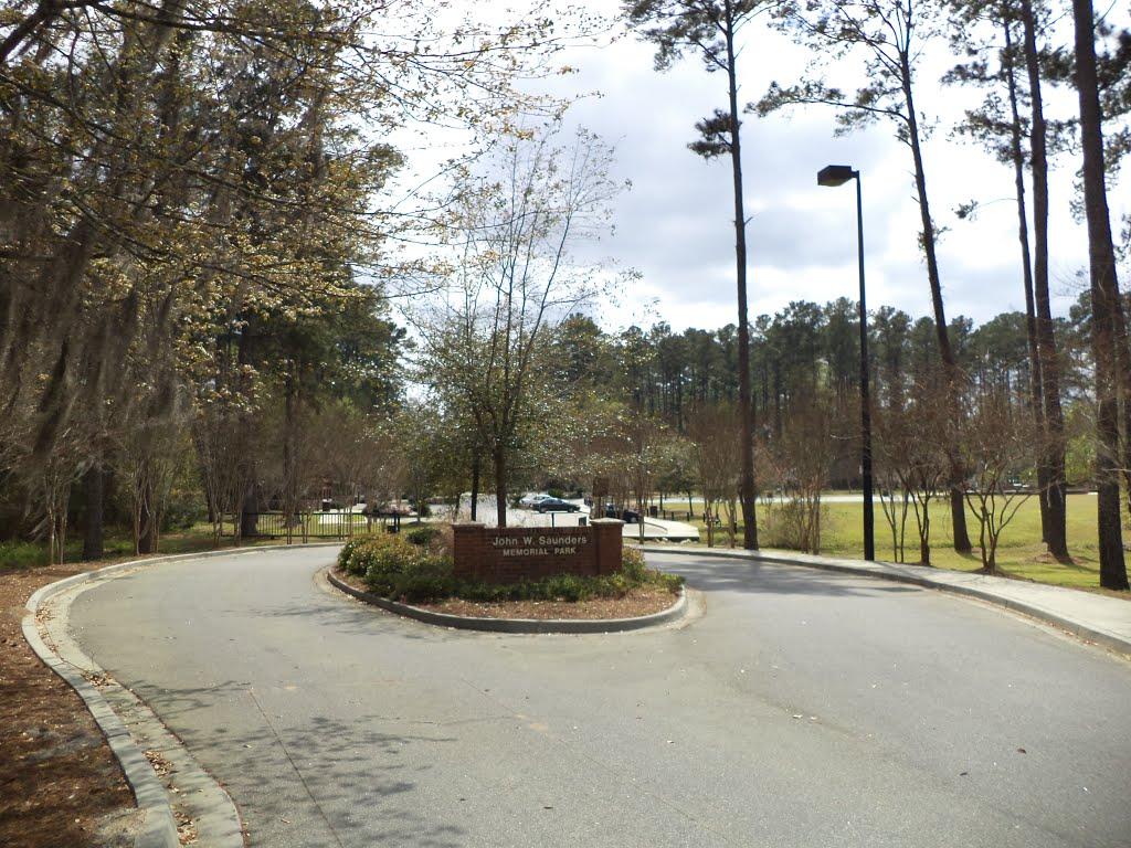 John W. Saunders Memorial Park Entrance, Валдоста