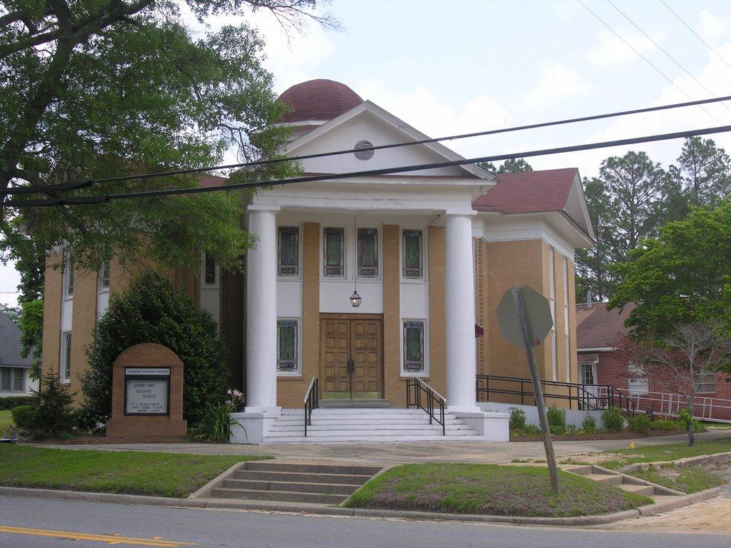 Cadwell Baptist Church, Вхигам