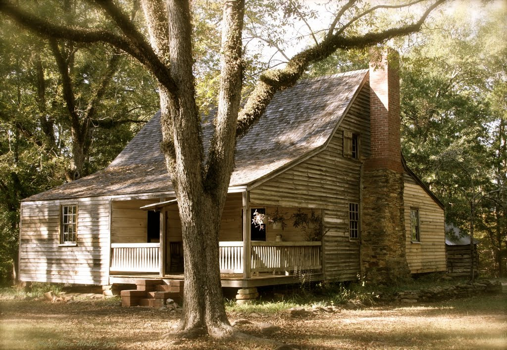 John Fitz Jarrell built this plantation plain style house for his wife, Elizabeth and seven children.  It is typical in size and layout of many cotton plantation houses.  It is built of virgin heart pine., Вхигам