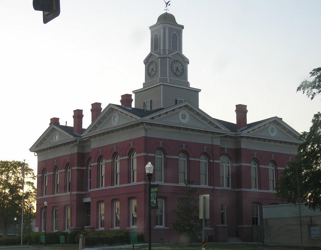 Johnson County Court House, Вхигам