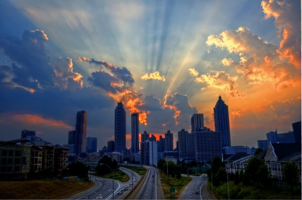 Sunset behind the Atlanta skyline., Грешам Парк