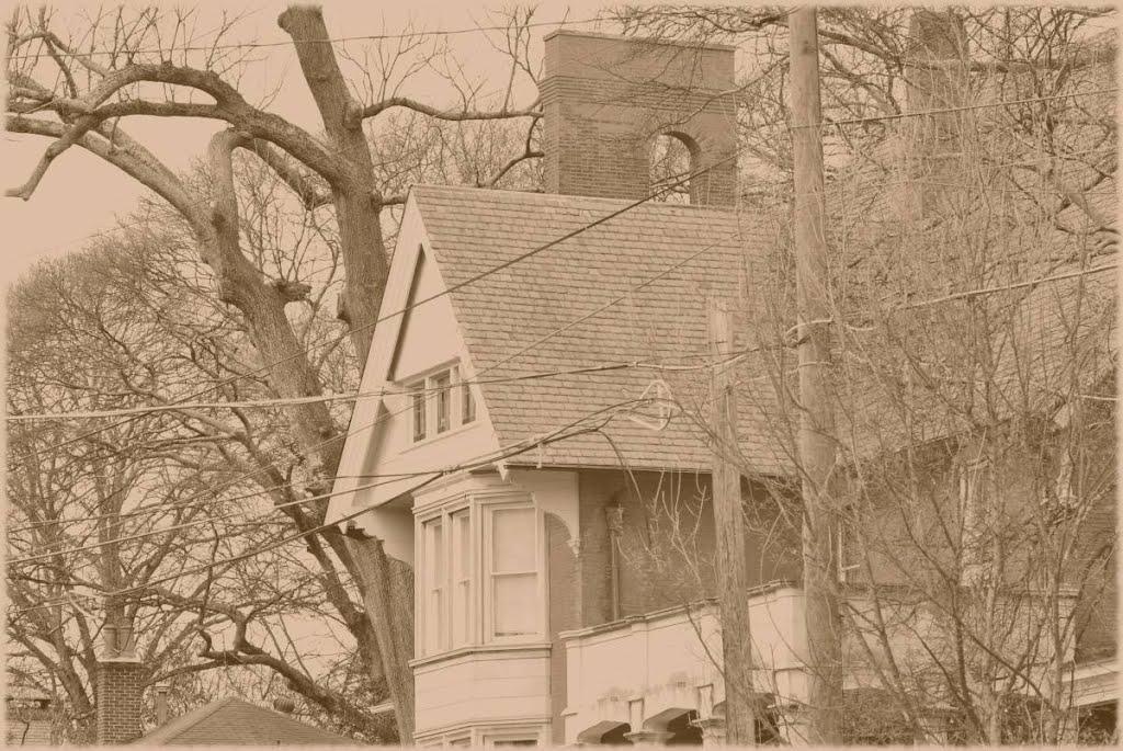 Old House, Грешам Парк