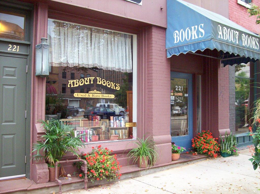 About Books, Inc., Блумингтон
