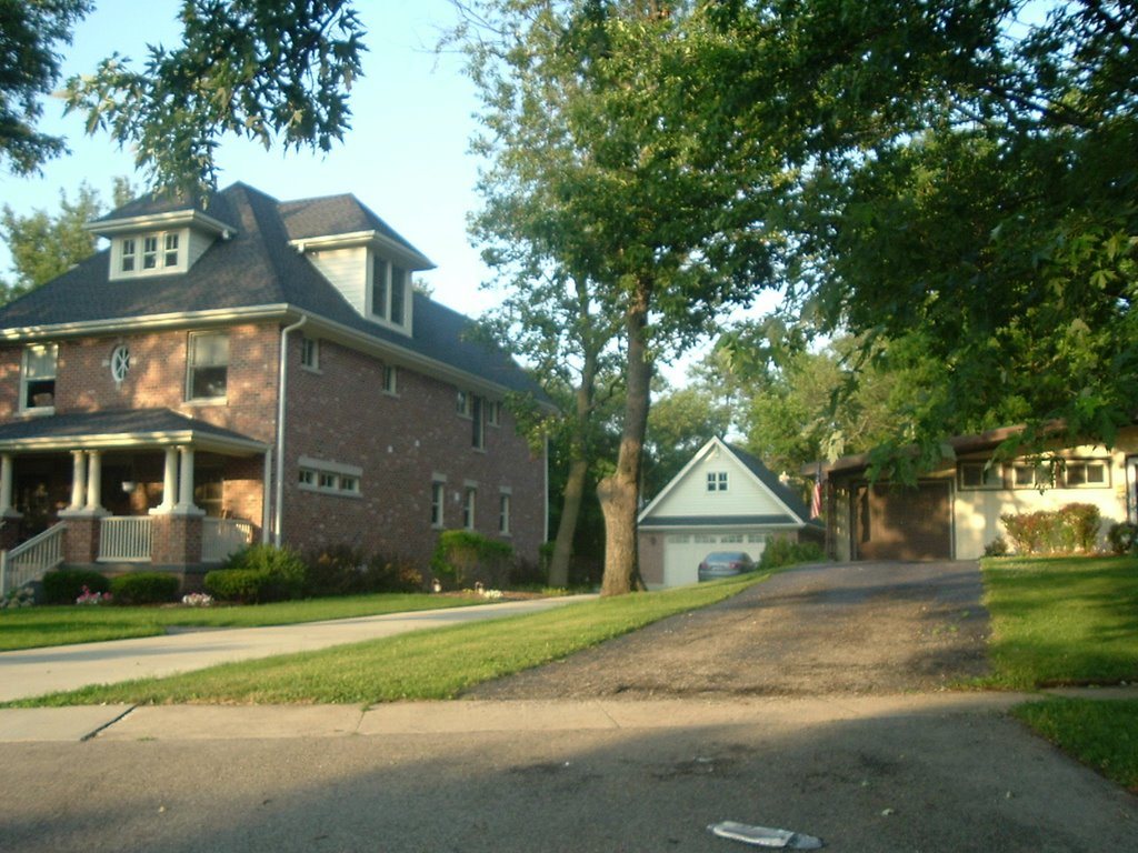 12 Washington, Lombard, IL, Ломбард