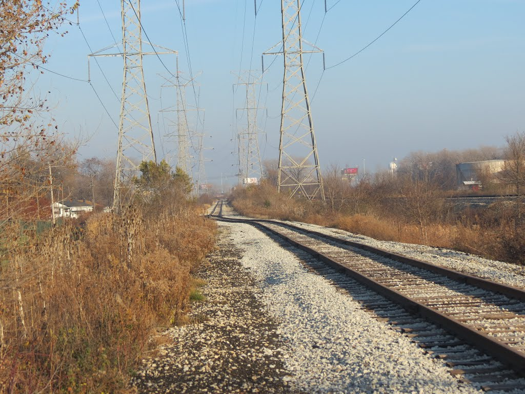 BN Track under Utility Poles, Стикни