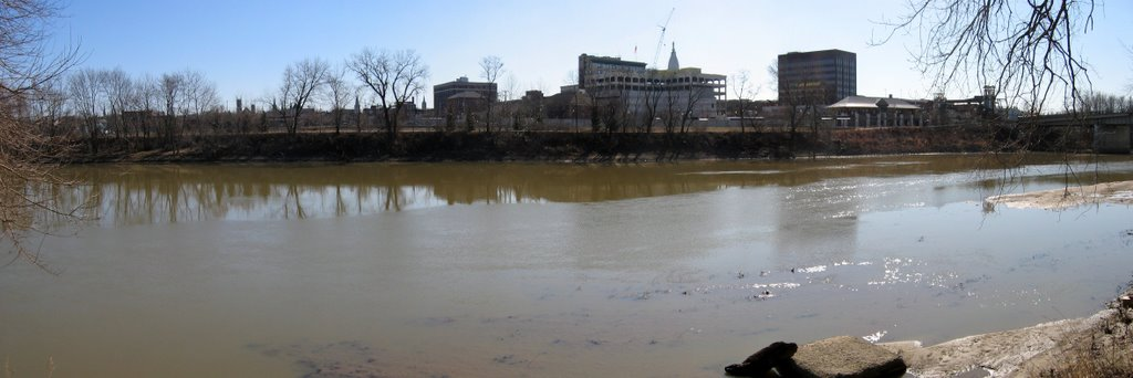West Lafayette, Indiana: The Wabash river (pano), Брук
