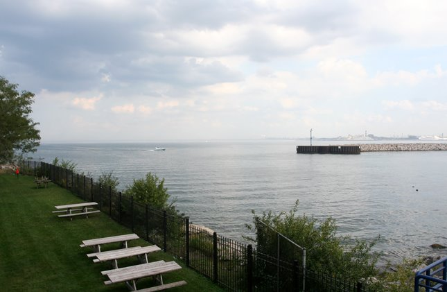View from Indiana Harbor Yacht Club, East Chicago Marina, Брук