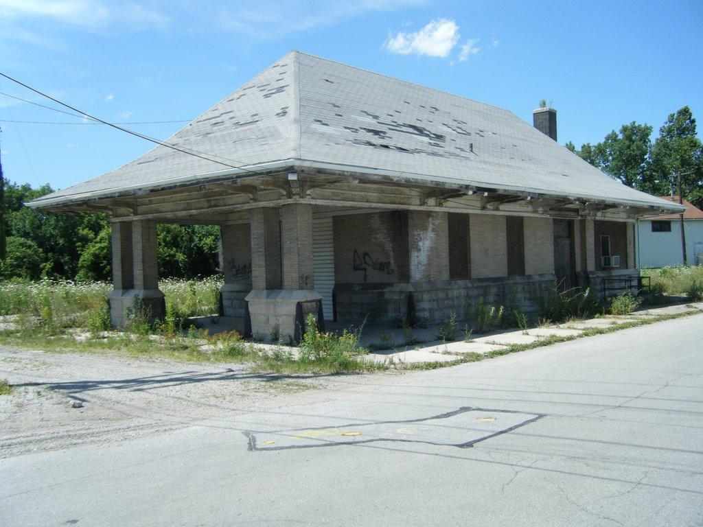 An abandoned rail depot, Ричмонд