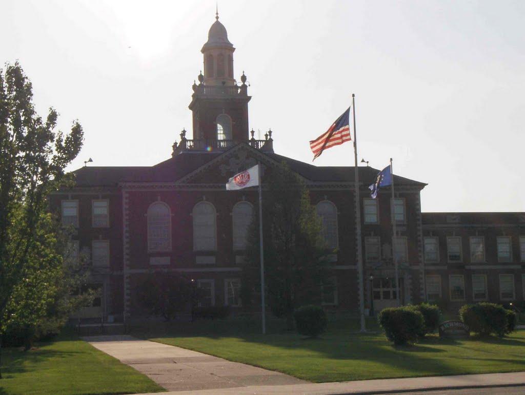 Richmond High School, GLCT, Ричмонд