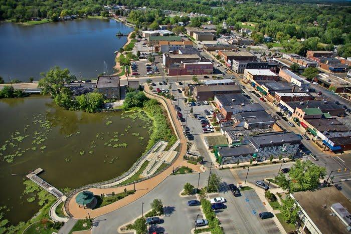 Aerial Downtown Hobart, Indiana, Хобарт