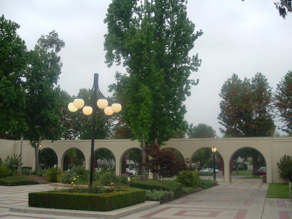 City Hall Plaza, Апленд