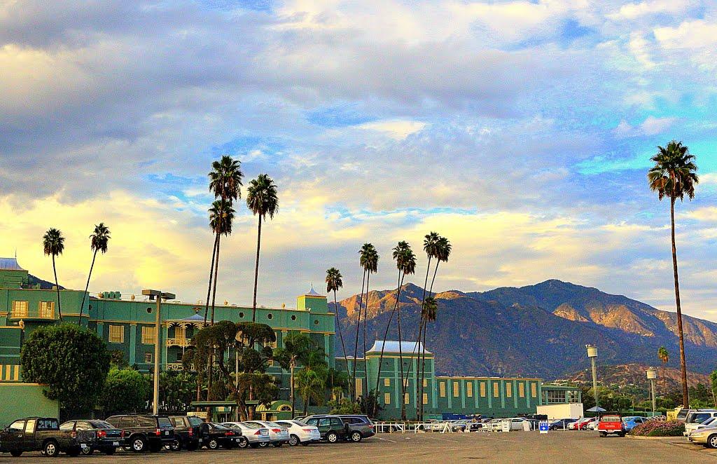 Santa Anita Park • Looks at San Gabriel Mountains • Arcadia, Аркадиа