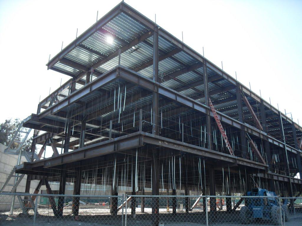 new building, Колтон