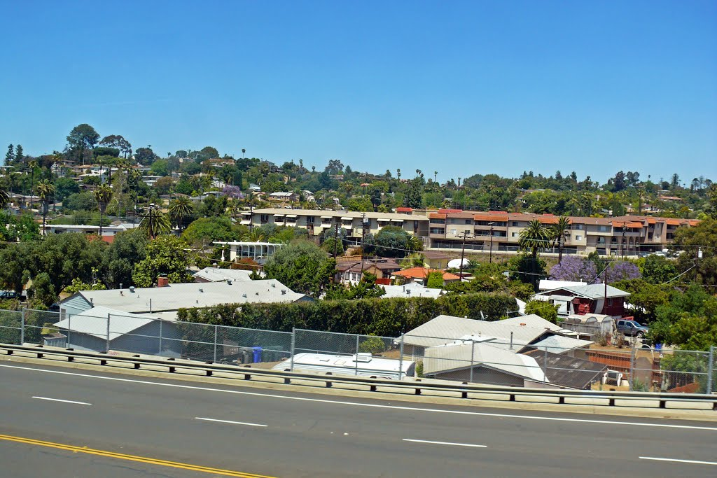 La Mesa Spring Street, Ла-Меса