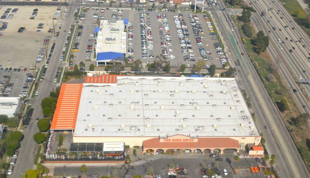 Home Depot near LAX, Леннокс