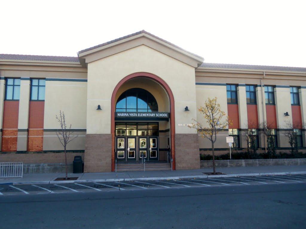 Marina Vista Elementary School, Питтсбург