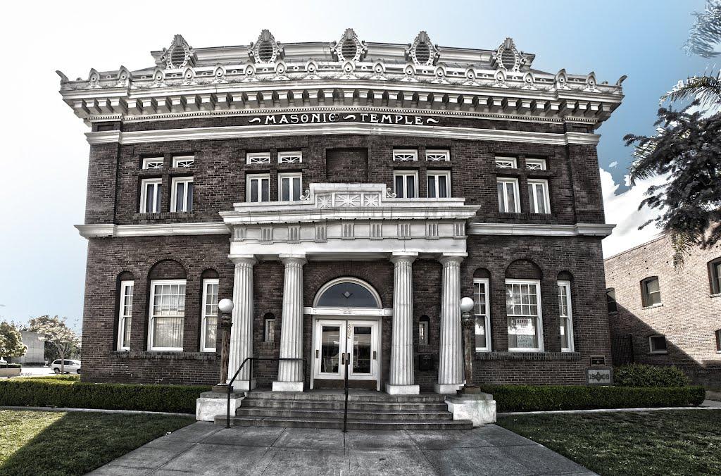 Masonic Temple, Pomona CA, Помона