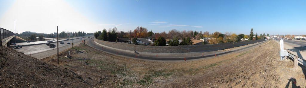 Panorama of westbound on ramp to Hwy-50 @ Zinfandel Rd., Ранчо-Кордова