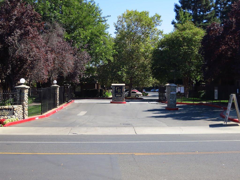 Apartment Entrance (close up), Ранчо-Кордова
