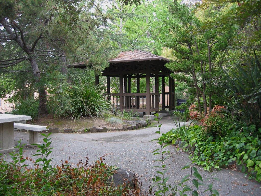 The Tea Garden, Редвуд-Сити