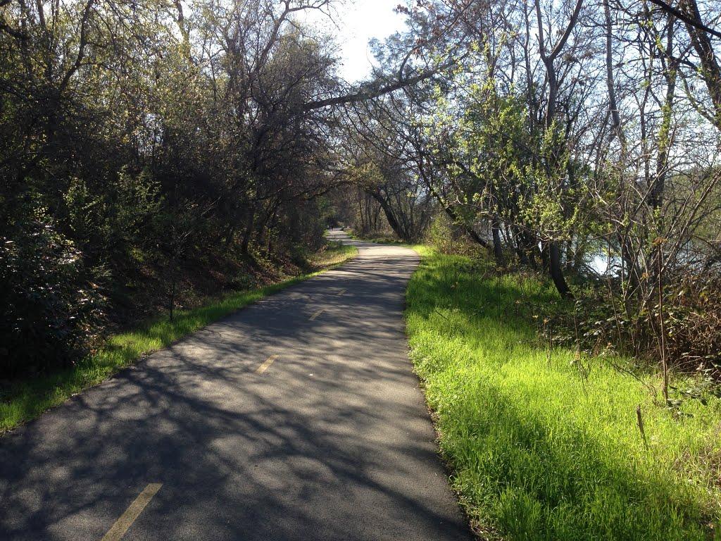 The River Trail., Реддинг