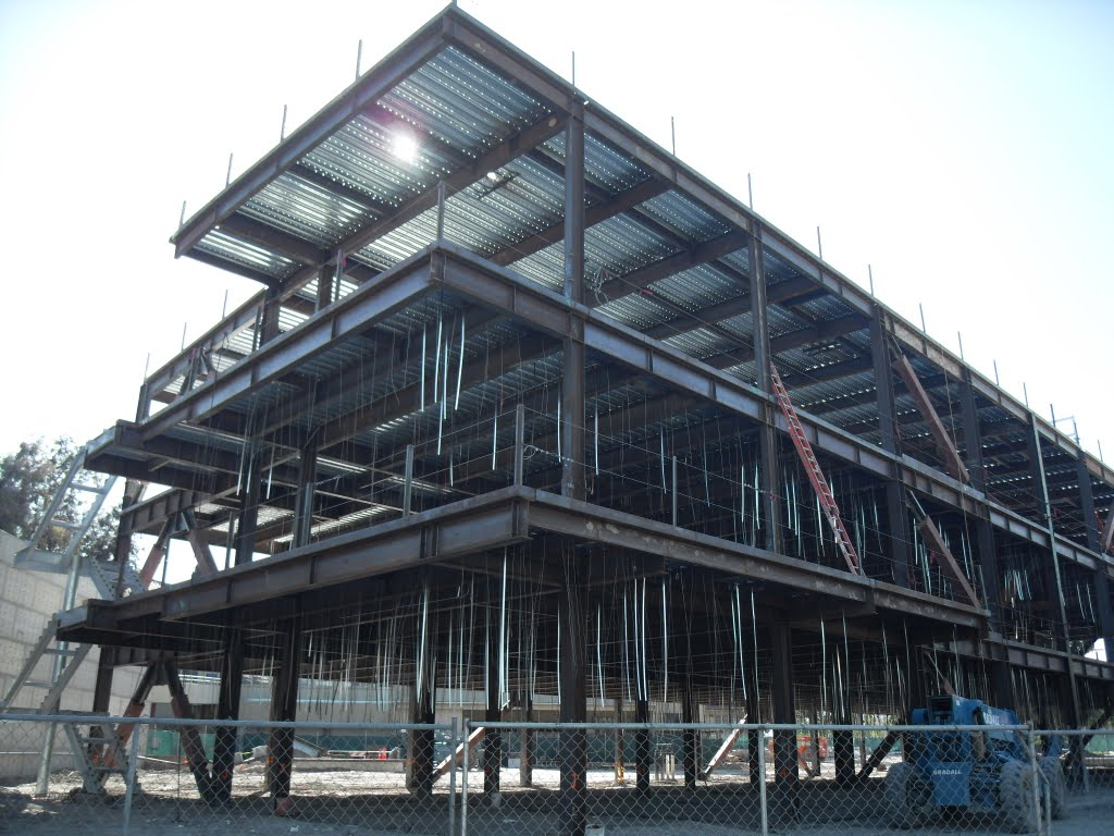 new building, Сан-Бернардино
