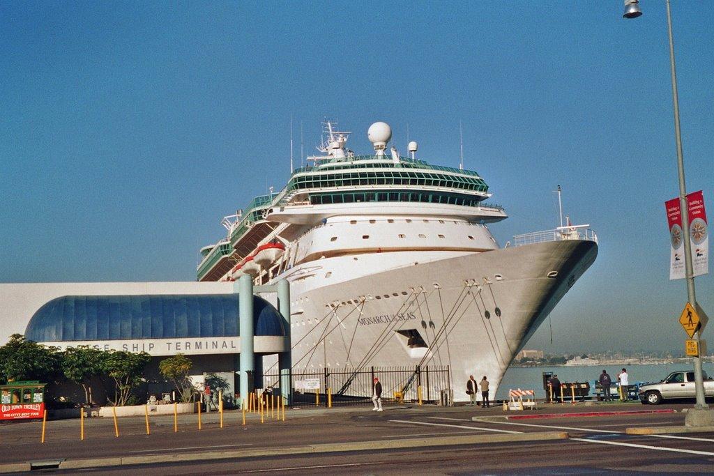 San Diego / Harbor / Monarch of the Sea, Сан-Диего