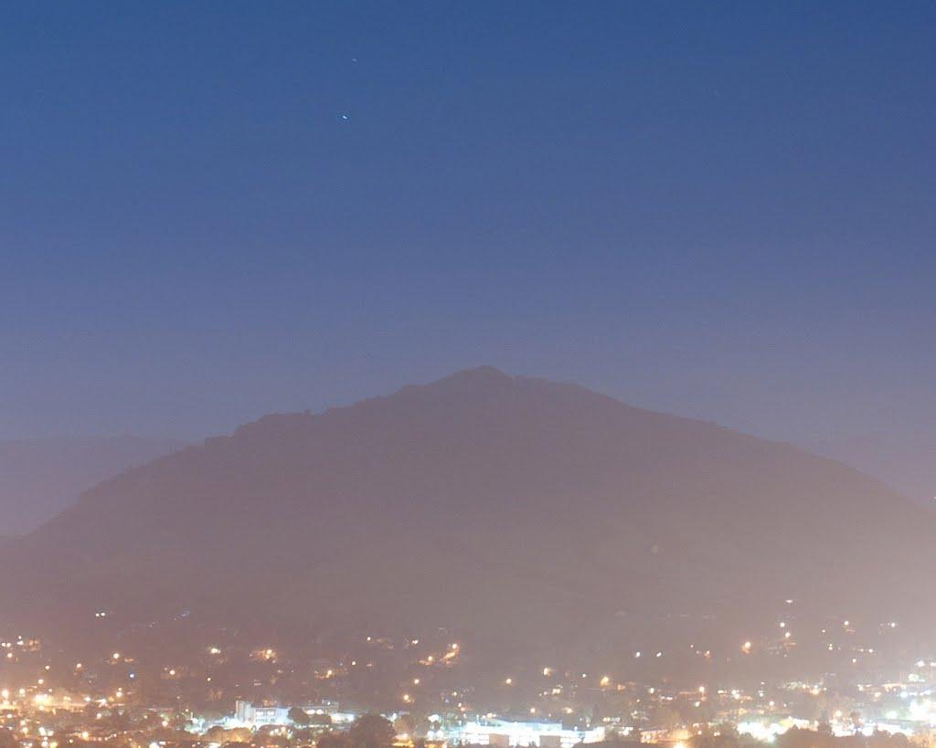 Looking towards Cerro-San-Luis-Obispo- - nwicon.com, Сан-Луис-Обиспо