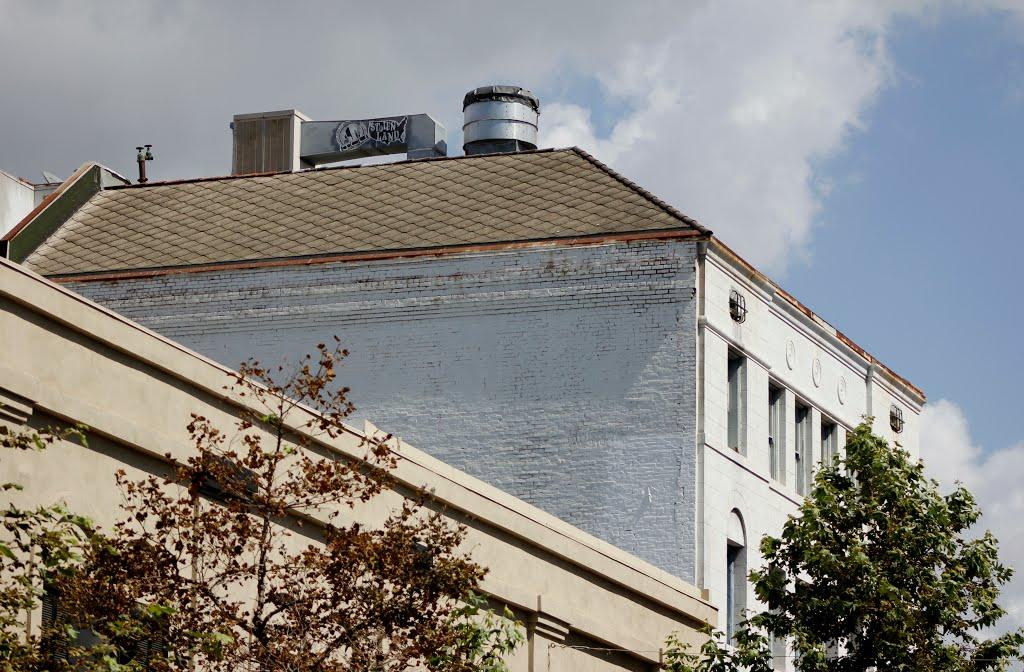 Roof Top in Santa Ana, Ca, Санта-Ана