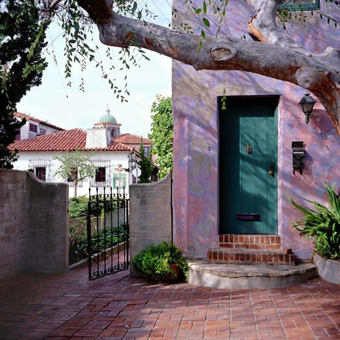Santa Barbara, Meridian Studios, Санта-Барбара