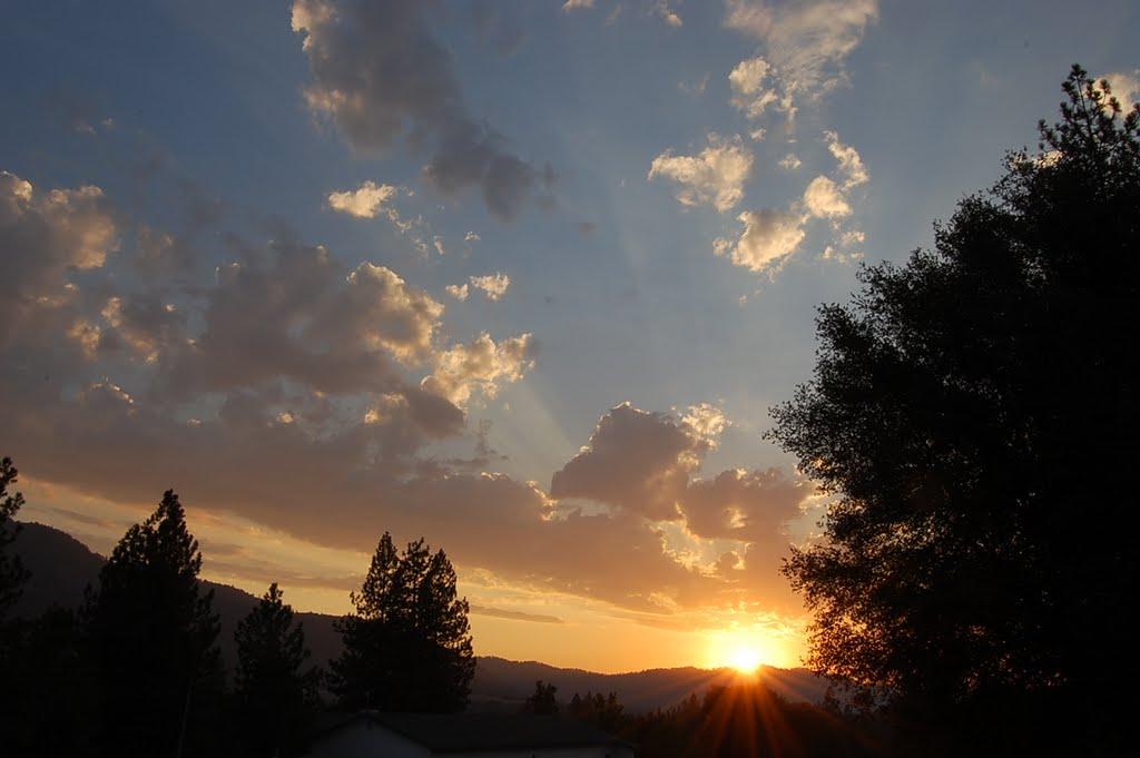 Sunset Bass Lake Ca., Санта-Круз