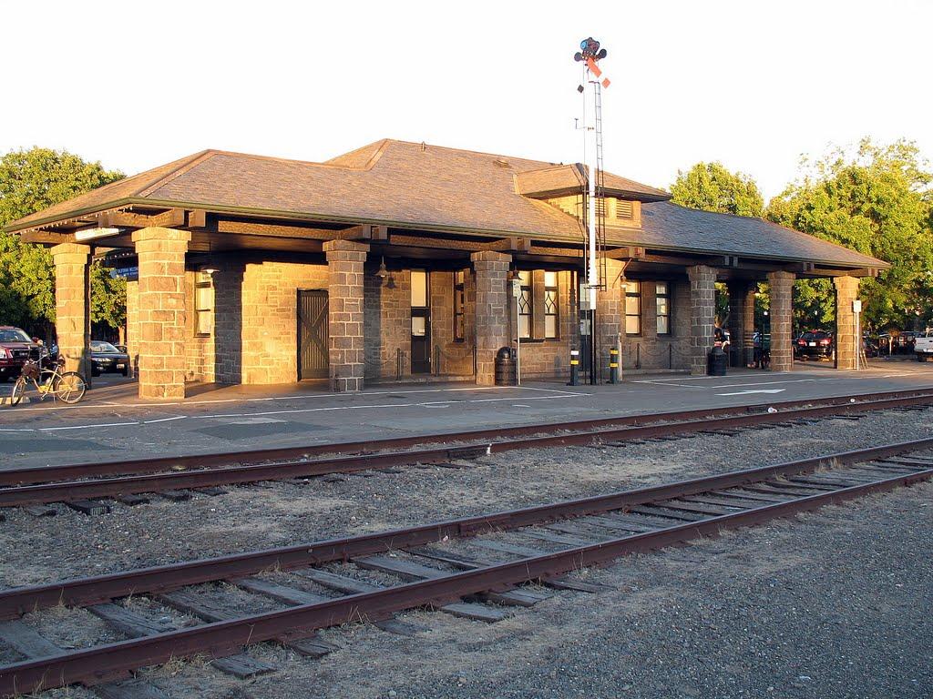 Santa Rosa Depot, Railroad Square District, Santa Rosa, CA, Санта-Роза