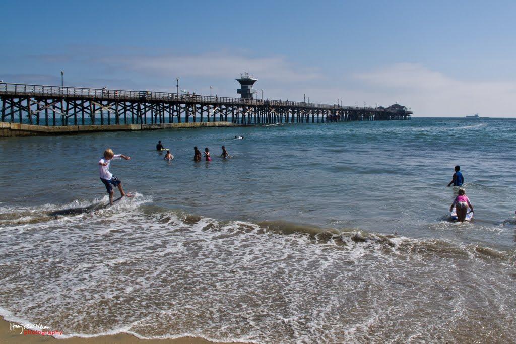 Seal Beach Pier Mid-Summer, Сил-Бич